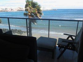 These Apartments in Arinaga have one ground floor studio flat and one seperate apartments on three floors.