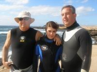 15 year old Alicia completed her 100th dive while on a weeks diving holiday here in Gran Canaria with her Father! Ed and her Father are seen congratulating her.